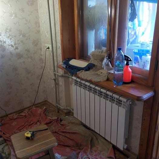 Замена стального стояка отопления на пластиковый, установка новой батареи в квартире