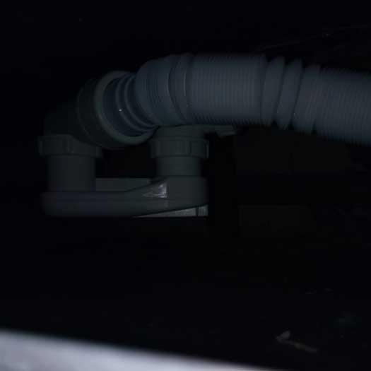 Замена старого сифона в ванной на новый VIEGA