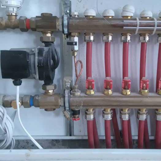 Теплого пол с сервоприводом Herz и автоматика Salus + термостатом DeviReg Touch