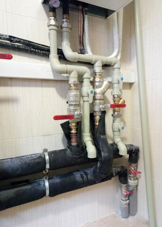 Монтаж буферной емкости отопления