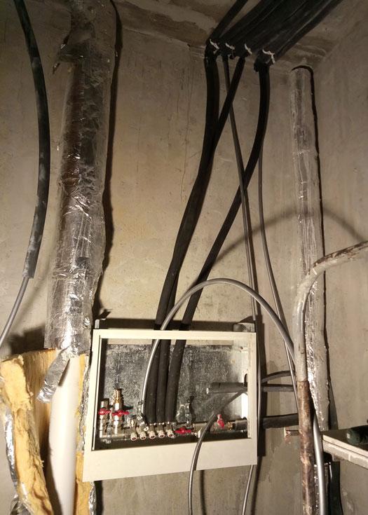 Монтаж канализационных труб, обвязка коллекторов